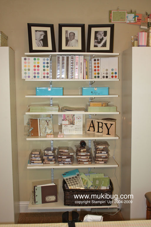 Craft-Room-Book-Shelves