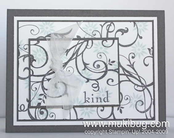 Baroque-Motifs-gray-&-soft-